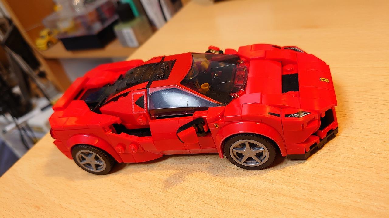 レゴ(LEGO) スピードチャンピオン フェラーリ F8 トリビュート 76895 を作ってみた(その2)
