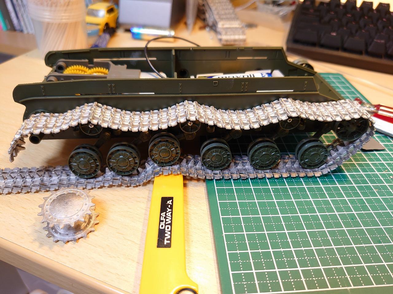 タミヤ 1/35 KV-1 ラジコン化計画 (その2) ~動力部の作成~